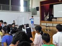 全校の歌『えがお☆キラキラ』指揮は中学部2年生徒